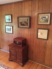 Music cabinet and record player
