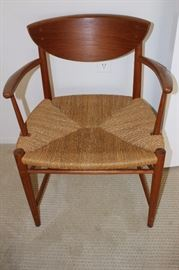 Mid century rope seat chair.