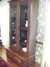 Walnut Victorian step back bookcase with beautiful storage space