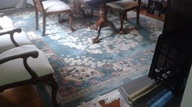Large High Quality Rug. (Measures Approximately 9' by 12')