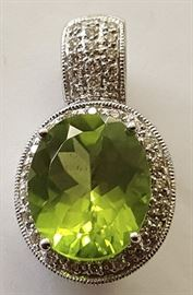 WDG007 14K Wt Gold Slide Pendant w/ Large Peridot & Diamonds
