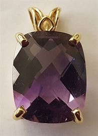 WDG009 Big 9.50 ct Lilac Amethyst and Gold Pendant