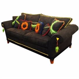 Customized Black Microfiber Sofa with Colorful Accents