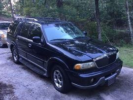 2002 Lincoln Navigator 231,120