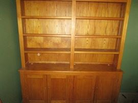 BEAUTIFUL SOLID OAK BOOK CASE