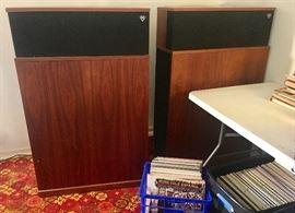 klipschorn speakers (working)