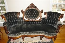 Victorian Sofa in Very Good Condition