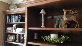 Books and decorative items