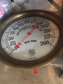 BABC0CK & WILCOX CO. NEW YORK ASHCROFT DOUBLE SPRING SCALE
