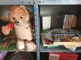 TEDDY RUXPIN, BOOKS
