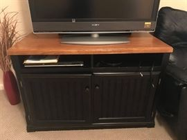 #8	Black/Wood Short Entr. Center  45x24x30	 $125.00