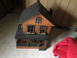 Plywood Doll House (vintage)