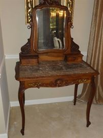 Antique furniture dressing table
