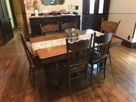 6-chair dining room table vintage oak