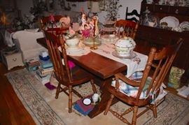Pedestal Table and 4 Spindle Back Chairs, Loads of Decorative Serving Pieces and Rug