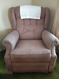 Reclining rocker in mauve