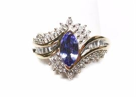 14k Tanzanite diamond keepsake ring