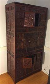 Soild Wood Carved Cabinet.                                                        Beautiful !!!!!!!!!!!!!!