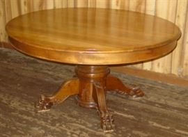 "54"" Round Dining Table w/Claw Feet"