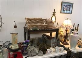 Assortment of kitchen ware and a very nice fountain.