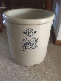 Monmouth Pottery 6 gallon crock