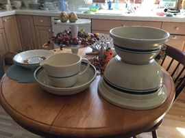 Roseville Pottery Bowl (4 Qt, 8 Qt), pottery batter pitcher, Butcher Block Table (with one built in leaf) and four Windsor chairs.