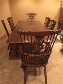 Drop leaf table w/6 chairs