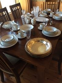 China service for 12