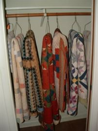 Eight vintage quilts