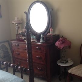 Davis Cabinet Lillian Russell dresser with mirror