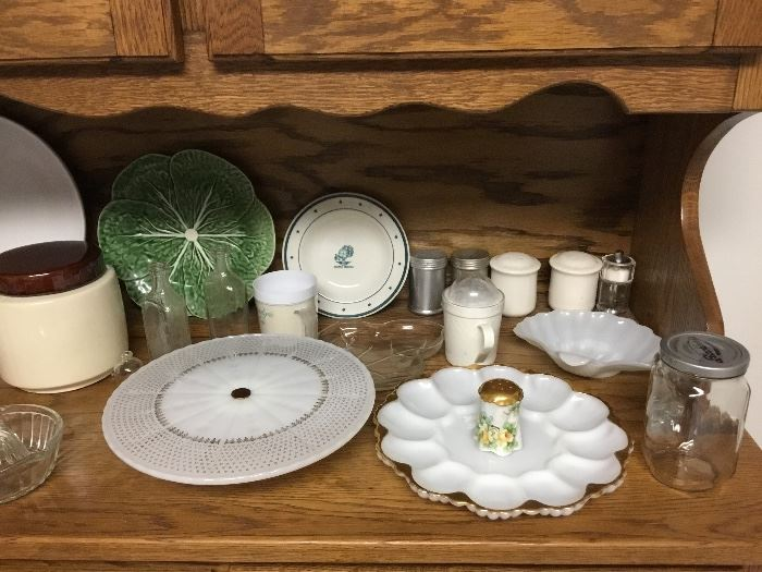 Items in Oak China cabinet - top section