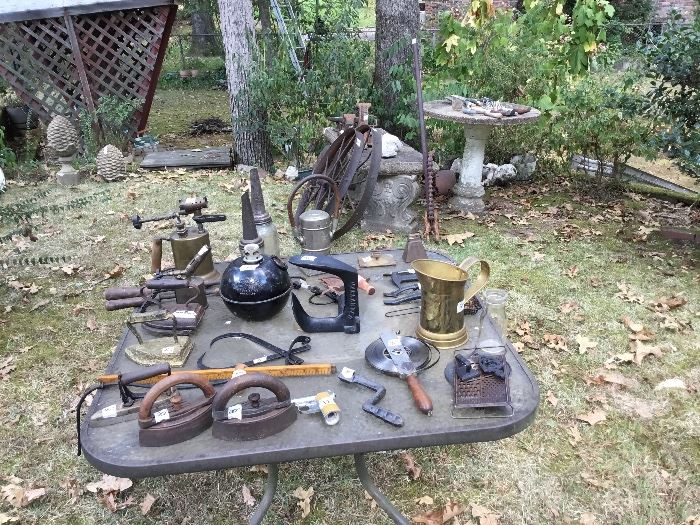 All kinds of vintage items from the tool shed!