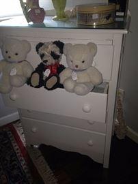 Shabby Chic 4-drawer chest