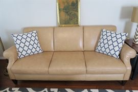 Natuzzi Editions leather sofa - like new condition