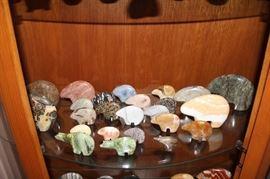 Lots of stone Zuni Bears