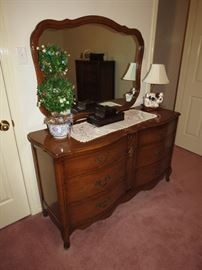 Beautiful Bassett Dresser and Mirror