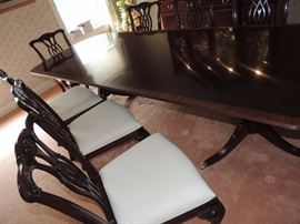 more pics of dining set.