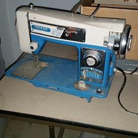 Morse Zig Zag Automatic Sewing Machine