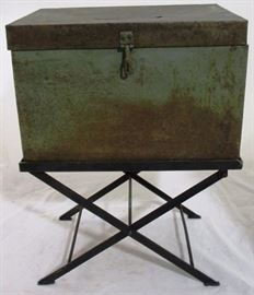 #4007 Metal Slot Box with stand