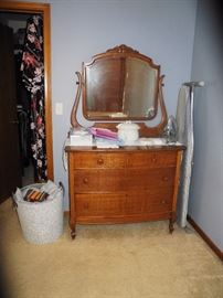 Antique dresser with harp mirror