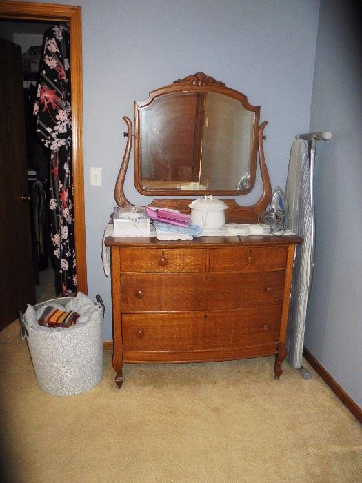 Antique dresser with harp mirror