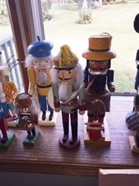 Yes lots more nutcrackers!