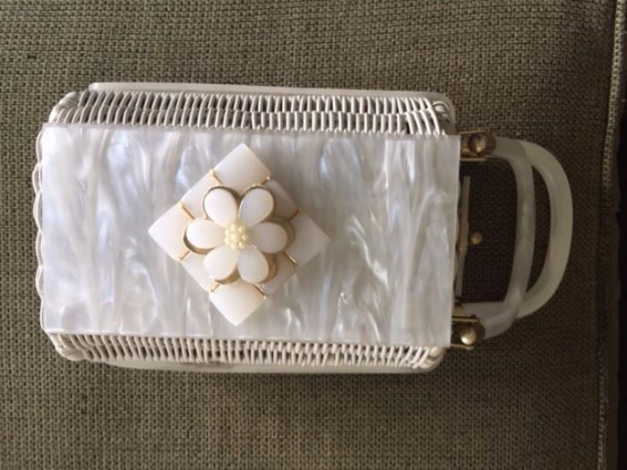 Beautiful vintage purse with mother of pearl