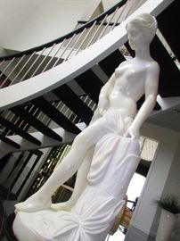 Lifesize Marble Statue of a Beauty