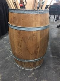 Barrel with dowel rods