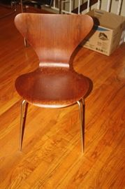 DANISH MOLDED CHAIR