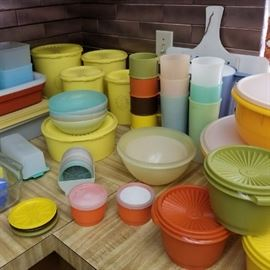 LOTS of vintage Tupperware