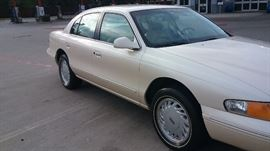 1993 Lincoln Continental with 68,000 approximate miles.