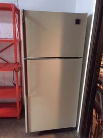 Refrigerator $100