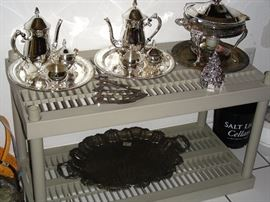 Silverplate tea sets, chafing dish, tray